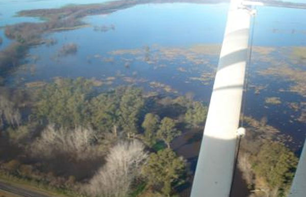 Foto Aerea del Partido de Saladillo bajo agua.