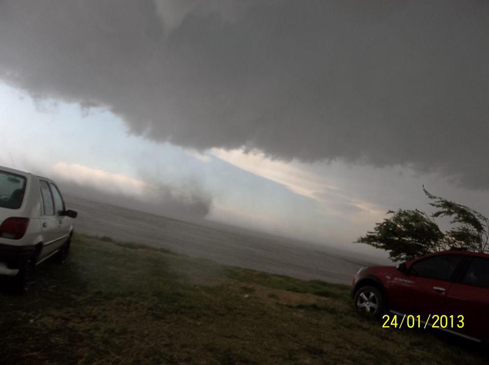 tornado en punta del indio 3 - sergio y eve prest valle