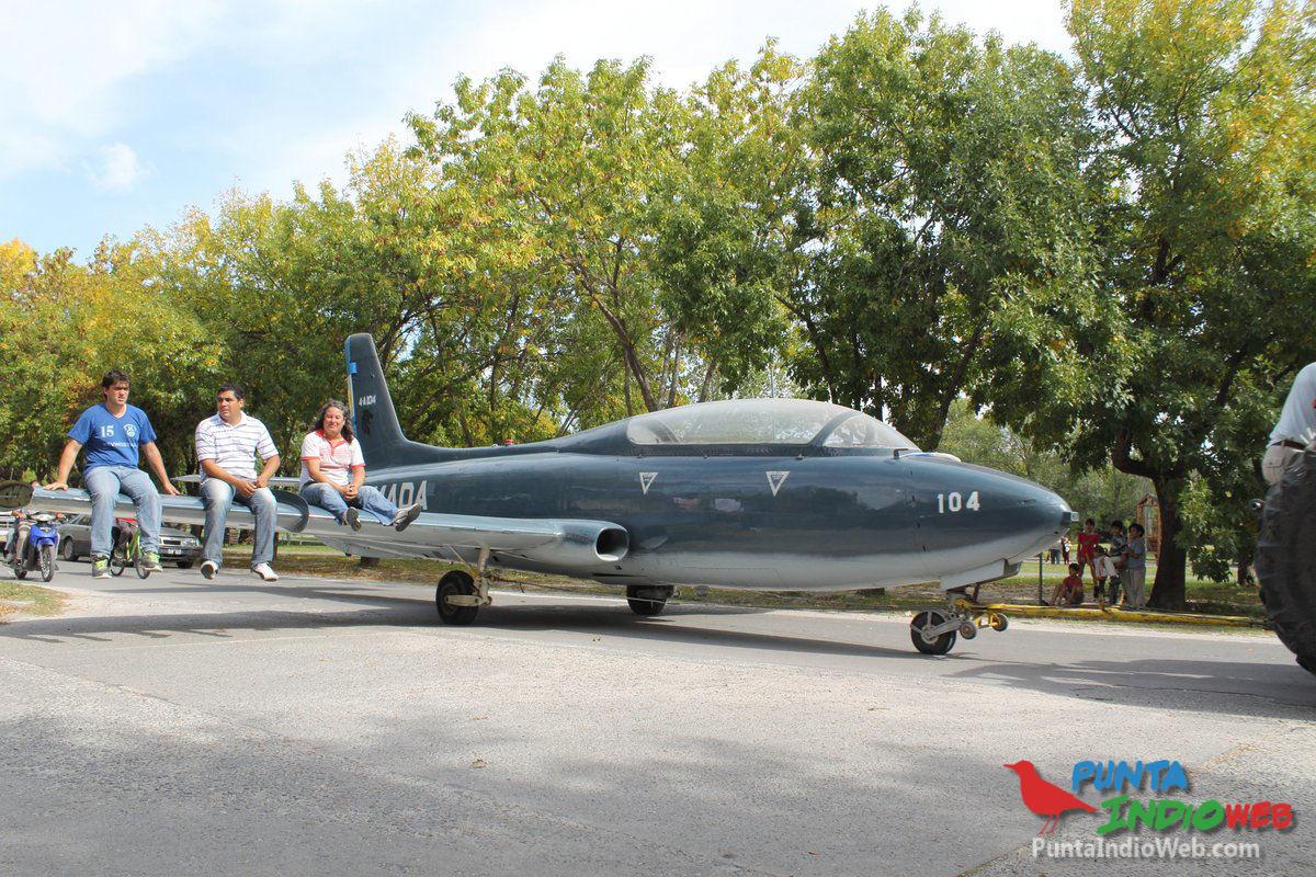 17-avion en calles de veronica 033