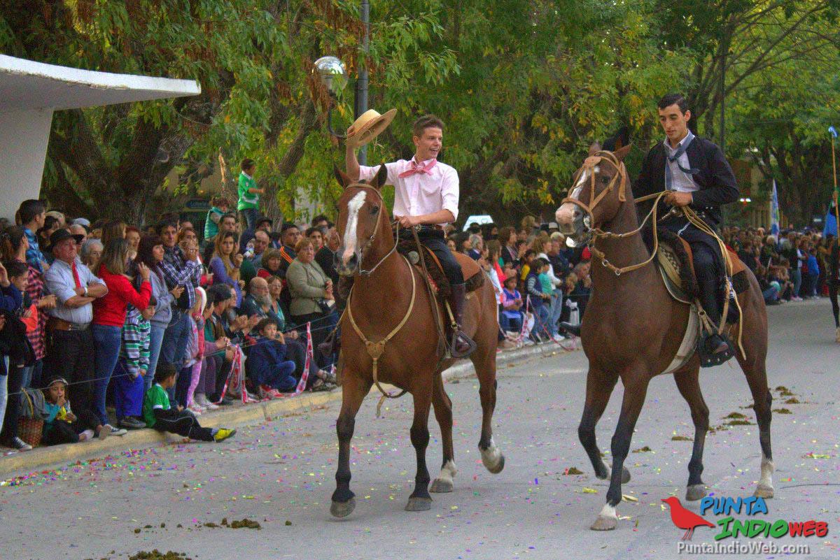 Desfile del Centenario Veronica 20