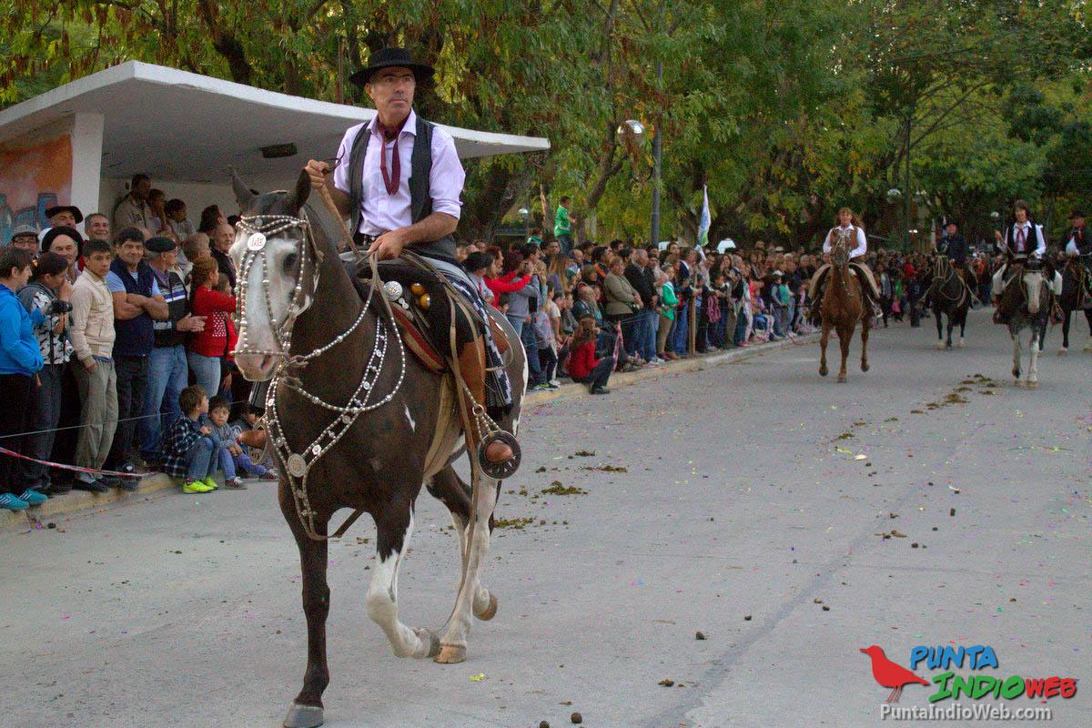 Desfile del Centenario Veronica 40